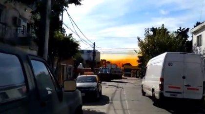 Un contenedor de ácido nítrico explota en una fábrica de Buenos Aires