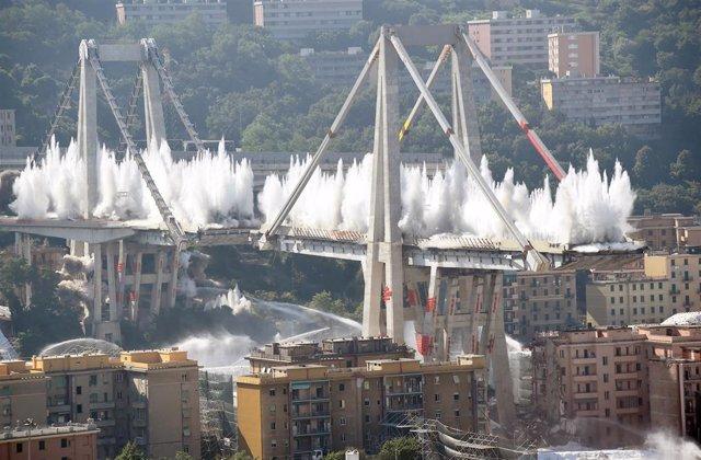 Demolición del puente Morandi de Génova