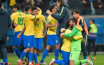 Brasil tumba a Paraguay en los penaltis y vuelve a semifinales de la Copa América