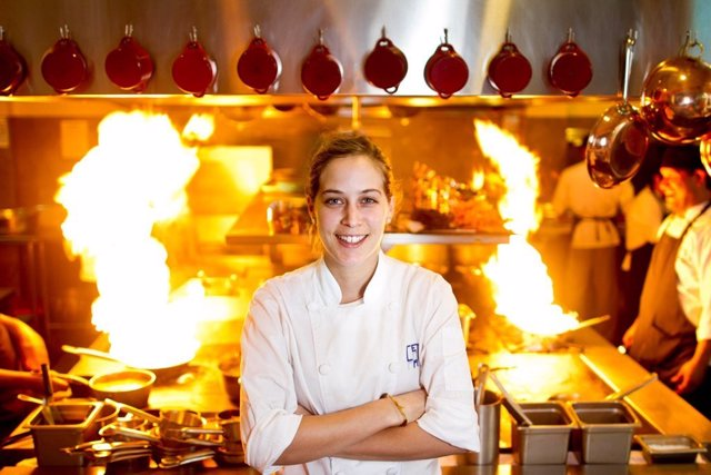 Pia León en la cocina de Central