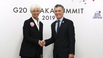 Gobierno y oposición de Argentina mantienen reuniones separadas con representantes del FMI