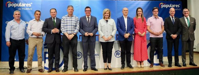 El PP de Huelva nombra presidenta de honor a Fátima Báñez.
