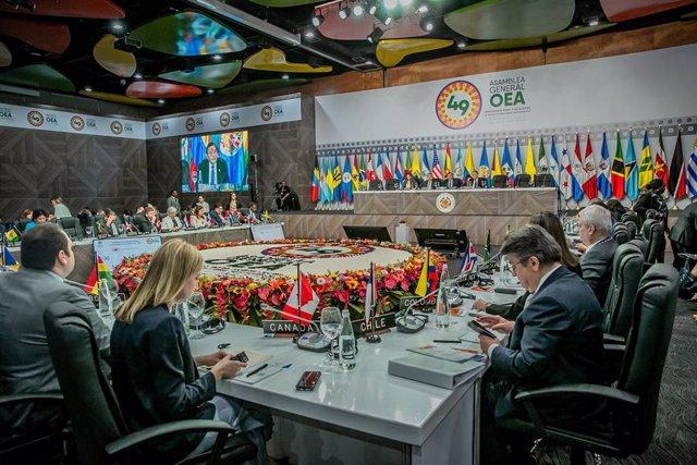 Sesión de la 49ª Asamblea General de la OEA.