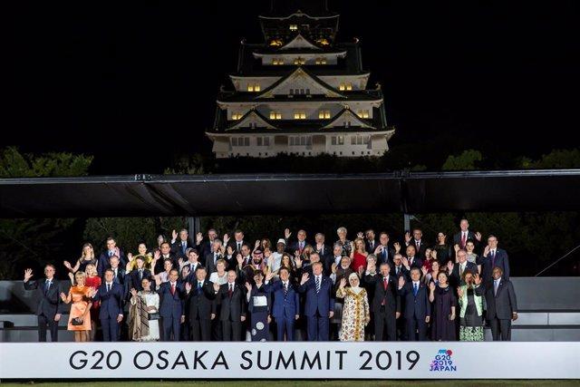 Foto de grupo de la cumbre del G20 en Osaka