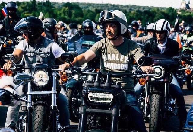 Imagen de la celebración del 115 aniversario de Harley-Davidson. Imagen de archivo.