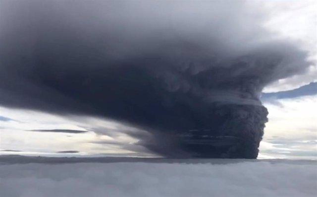 Erupción del monte Ulawun en Papúa Nueva Guinea