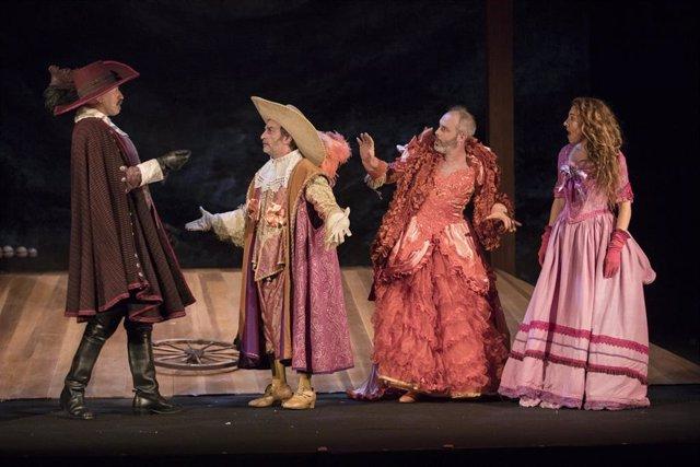 """La Compañía Nacional de Teatro Clásico (CNTC) y la compañía Noviembre Teatro buscan """"la consolidación del descomunal repertorio de teatro clásico español"""" con el estreno este miércoles 13 de febrero en el  Teatro de la Comedia de Madrid de 'Entre bobos an"""
