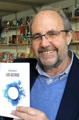 El escritor César Gavela