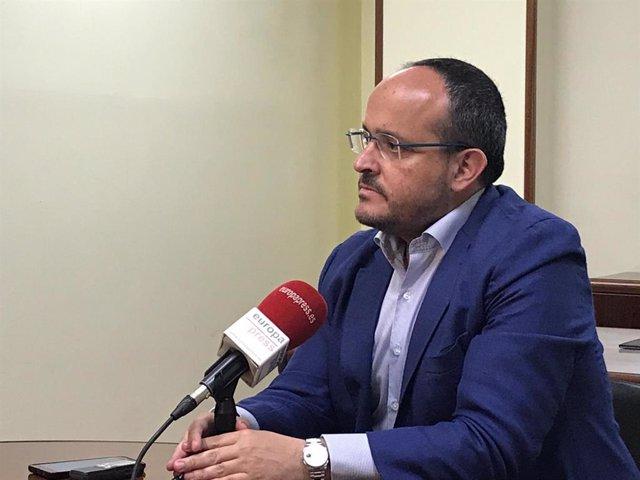 El president del PP a Catalunya, Alejandro Fernández, en una entrevista amb Europa Press