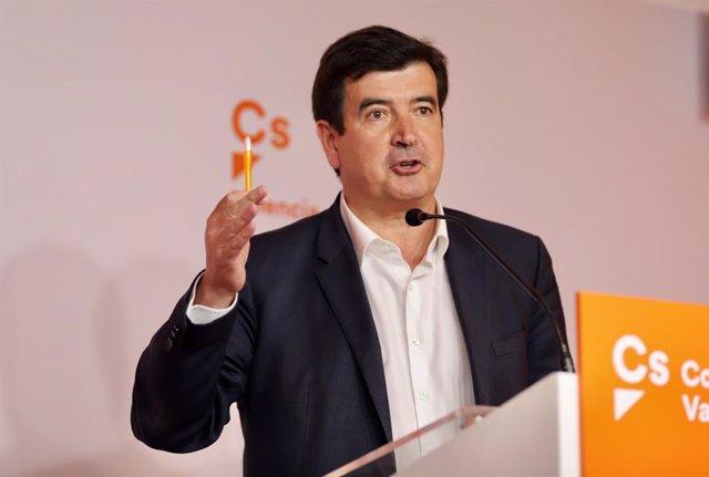 El portavoz de Cs, Fernando Giner