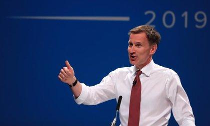 Hunt se daría hasta principios de octubre para decidirse sobre un Brexit por las malas