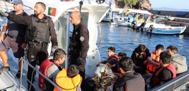 Rescate de migrantes en el Egeo por parte de la Policía Marítima de Portugal
