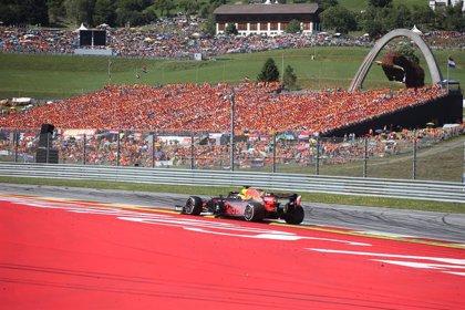 Verstappen remonta y frustra el triunfo de Leclerc; Sainz, octavo