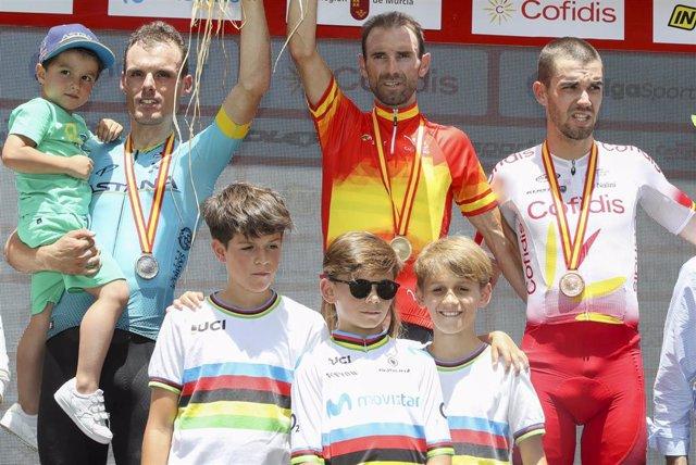 Alejandro Valverde se ha proclamado campeón de España de ciclismo en ruta por delante de Luis León Sánchez y Jesús Herrada, plata y bronce respectivamente.