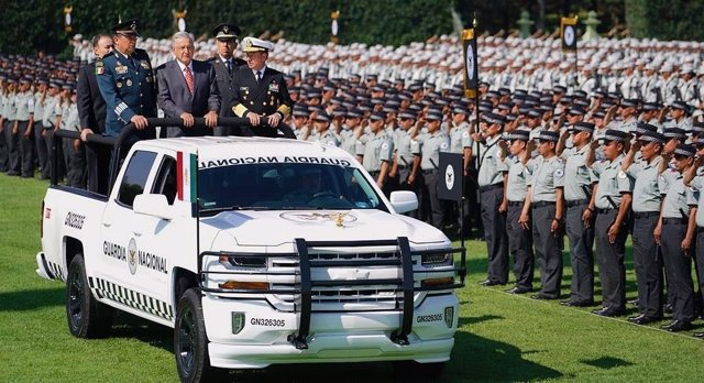 El presidente de México, Andrés Manuel López Obrador, en una ceremonia de la Guardia Nacional