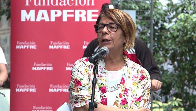 La delegada en funciones del Área de Gobierno de Medio Ambiente y Movilidad, Inés Sabanés, en declaraciones ante los meidios de comunicación durante la presentación del proyecto de simulación ciclista en el Centro de Educación Ambiental del Retiro.