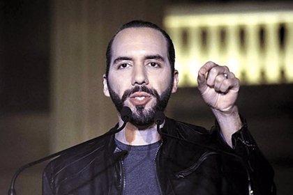 """Bukele ordena """"cerrar"""" todas las celdas de las cárceles de El Salvador tras el asesinato de un policía"""