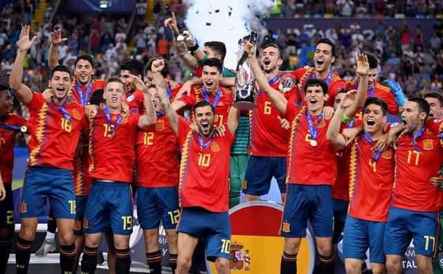 España celebra su pentacampeonato de Europa sub-21