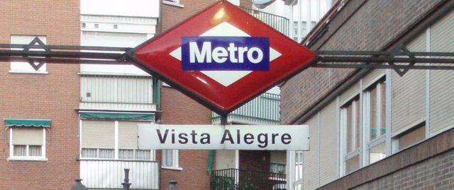 Cartel de la estación de Metro de Vista Alegre en Madrid