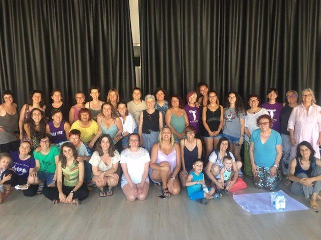 Asistentes al I Encuentro de Mujeres y Colectivos Feministas de Mallorca, organizado por el Moviment Feminista de Mallorca (MFM) y celebrado el pasado 29 de junio en Manacor