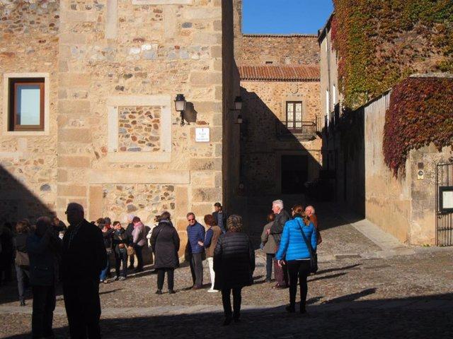 Turistas en Cáceres