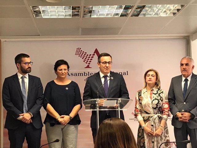 El portavoz del Grupo Parlamentario Socialista, Diego Conesa en la rueda de prensa tras la intervención de López Miras en el Debate de Investidura