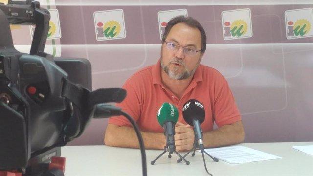 El responsable de Organización de IULV-CA, Francisco Javier Camacho, en una foto de archivo