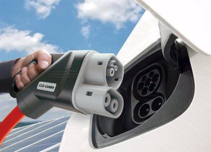 Las matriculaciones de vehículos eléctricos se duplican en el semestre, hasta 6.660 unidades