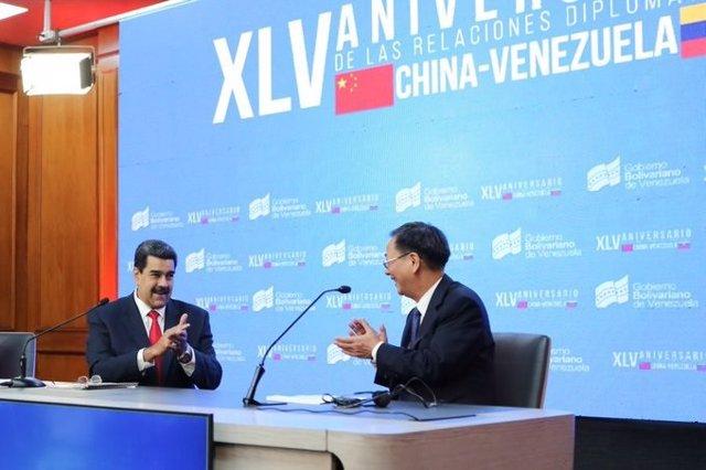 Maduro se reúne con el embajador chino en Caracas