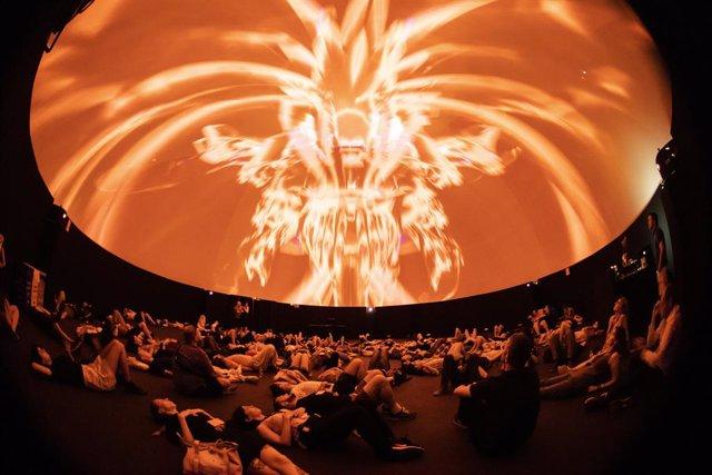 La cúpula d'audiovisual immersiu del Festival Sónar estrenar set peces