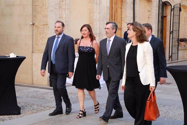 El Ministro De Fomento En Funciones, José Luis Ábalos, En La Toma De Posesión De Francina Armengol