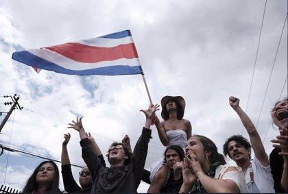 """Dimite el ministro de Educación de Costa Rica tras las protestas contra sus ideas """"progresistas"""""""