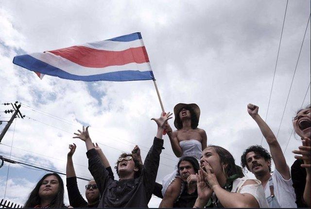 Imagen de una manifetación en Costa Rica.