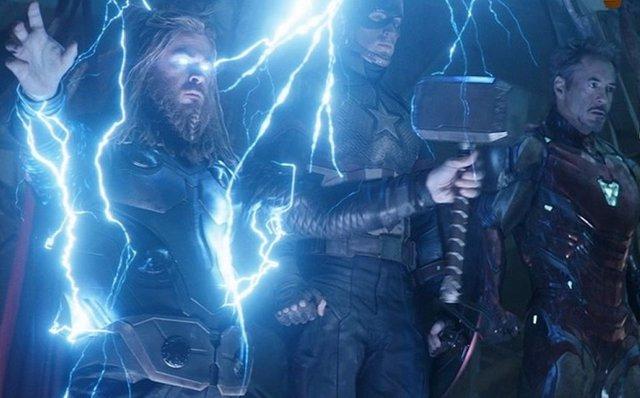 Imagen de Thor, Capitán América y Iron Man en Vengadores: Endgame