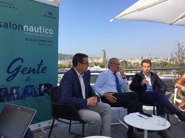 El director del Salón Náutico de Barcelona, Jordi Freixas, su presidente, Luis Conde, y el secretario general de la Asociación Nacional de Empresas Náuticas (Anen), Carlos Sanlorenzo