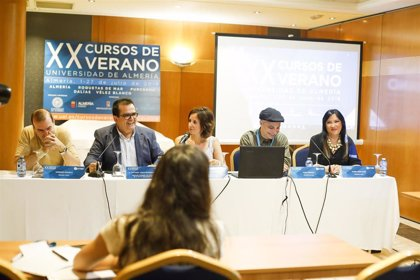 El director Pablo Berger participa en el curso de verano 'Escribir en imágenes' de la Universidad de Almería