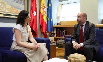 Díaz Ayuso presenta su candidatura al pleno de investidura y apremia a Ciudadanos y Vox a que se entiendan
