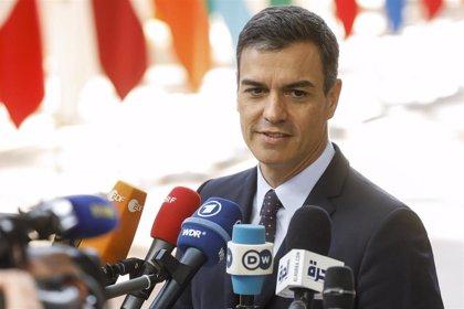 Sánchez afea a Rivera que no guarde un mínimo decoro al rechazar un nuevo encuentro