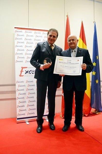 Dr. Alberto Lajo Rivera, galardonado con el Premio Gómez Ulla a la Excelencia Sanitaria 2019 -2020