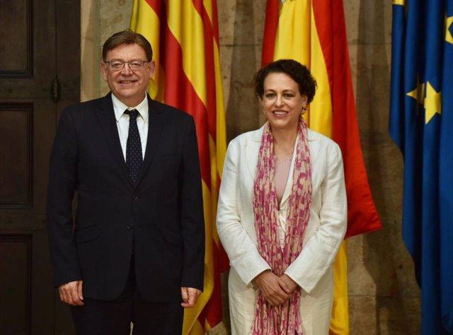 El president de la Generalitat, Ximo Puig, y  la ministra de Trabajo, Migraciones y Seguridad Social en funciones, Magdalena Valerio durante su reunión en el Palau de la Generalitat en Valencia.