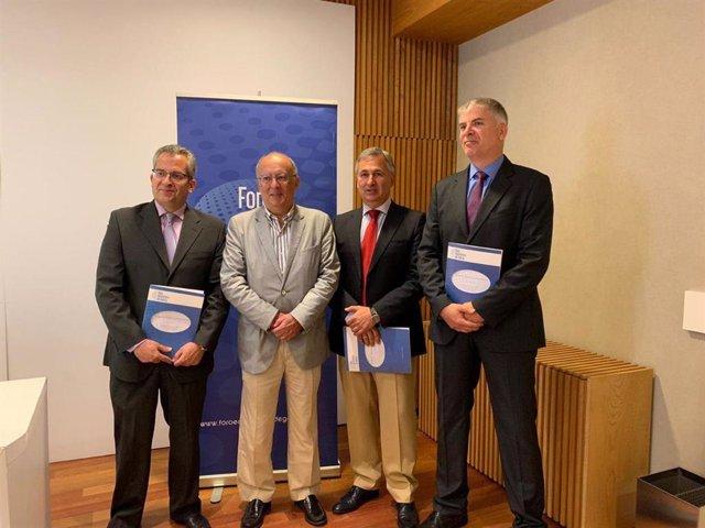 Patricio Sánchez, Fernando González Laxe, José Francisco Armesto y Santiago Lago