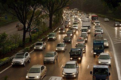 8 millones de conductores circulan sin ver con nitidez las señales