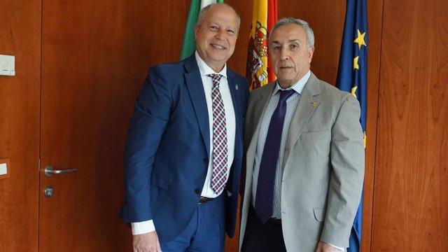Nota De Prensa Y Fotografía. El Consejero Javier Imbroda Recibe A Alejandro Blanco, Presidente Del Comité Olímpico Español