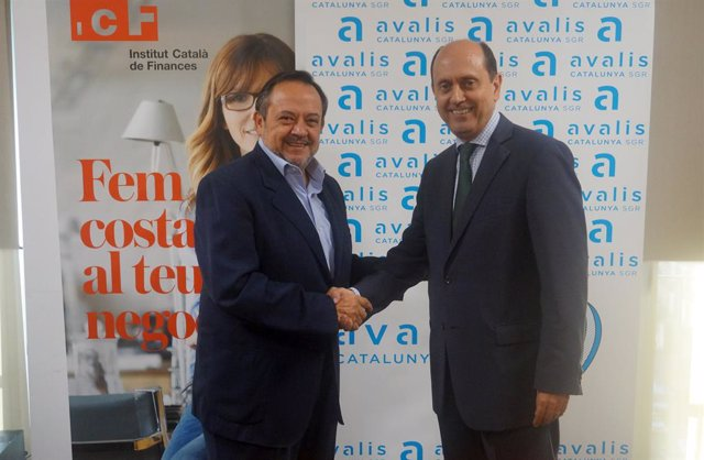 A la izquierda Josep-Ramon Sanromà, consejero delegado del Institut Català de Finances (ICF) y a la derecha Josep Lores, consejero delegado de Avalis de Catalunya SGR.