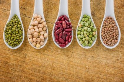 Los frutos secos, las legumbres, la carne y el pescado, entre los alimentos con mayor poder saciante