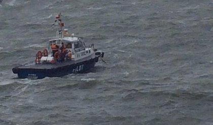 Una persona fallece y otras 38 son rescatadas por la Armada chilena tras el hundimiento de un barco en el sur del país