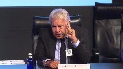 Boluda Corporación Marítima 'ficha' a Felipe González como consejero de una de sus filiales