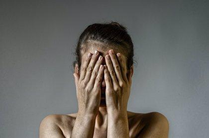 El 81% de las mujeres víctimas de violencia de género han sufrido una lesión en la cabeza y el 83% estranguladas