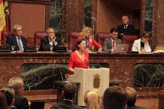 La portavoz del Grupo Parlamentario Ciudadanos, Isabel Franco, en su discurso en la segunda sesión del Debate de Investidura
