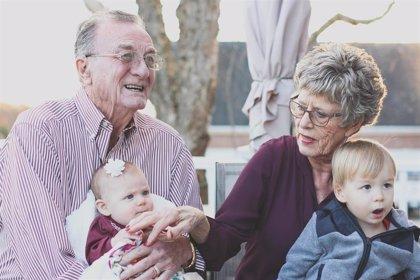 Un estudio alerta del fácil acceso de los niños a las medicinas de los abuelos